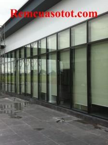 Công trình rèm cuốn khu thương mại tòa nhà Cầu Giấy, Hà Nội 1
