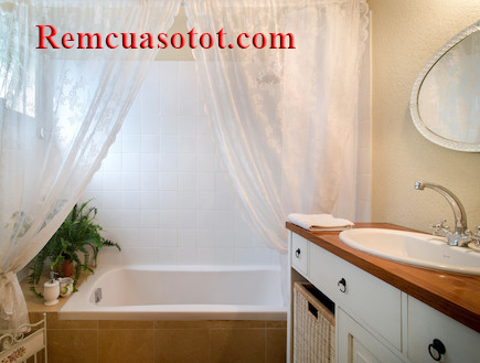 Rèm phòng tắm màu trắng hoa văn giá rẻ tại Hà Nội mã RPT 1