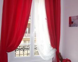 Rèm vải màu đỏ đô đầy khiêu khích và gợi cảm mã RV 858