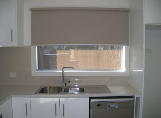 Rèm cuốn cửa sổ đẹp giá rẻ cho không gian gọn gàng, sang trọng mã RC 851