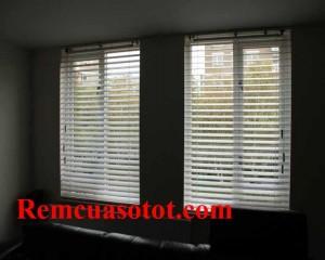 Rèm gỗ cao cấp cho phòng khách gần gũi hòa đồng mã RG 139