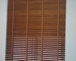 Công trình rèm gỗ văn phòng tòa nhà gần cầu Nhật Tân, Tây Hồ, Hà Nội
