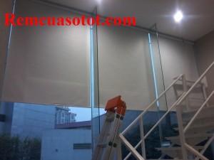 Lắp đặt rèm cuốn văn phòng tại tòa nhà IPH, Xuân Thủy, Cầu Giấy, Hà Nội 2