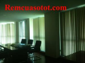 Thi công rèm lá dọc văn phòng tầng 18, tòa 24T, tòa nhà Hapulico, quận Thanh Xuân, Tp Hà Nội 2