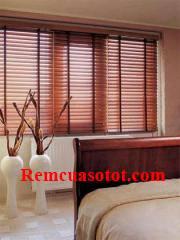Rèm gỗ cao cấp đẹp tự nhiên cho cửa sổ phòng ngủ mã RG 125